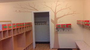Wandgestaltung Kinder Garderobe