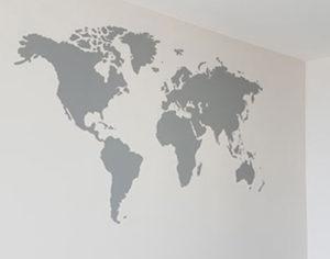 Weltkarte als Wandmalerei