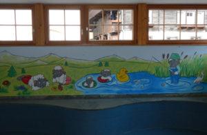 Wandmalerei im Hallenbad, Wolli das Maskottchen von Zermatt